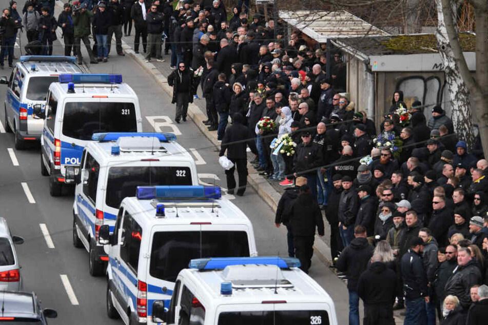 Bei der Trauerfeier für Thomas Haller waren am Montag rund 1000 Personen dabei.