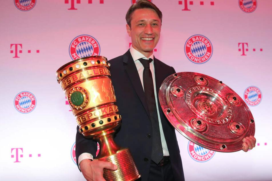 Niko Kovac hat sich mit der Meisterschaft und dem DFB Pokal seine Position als Trainer der FC Bayern gesichert.