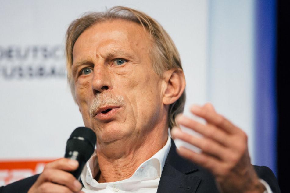 Christoph Daum (66) wurde 1992 mit dem VfB Stuttgart deutscher Meister.