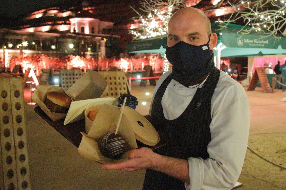 Wackerbarth-Chefkoch Karsten Häusler (39) hält viele leckere Speisen zum Mitnehmen parat.