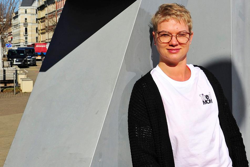 Sie hat Brustkrebs: Doch die AOK streicht Vierfach-Mutter die Hilfe