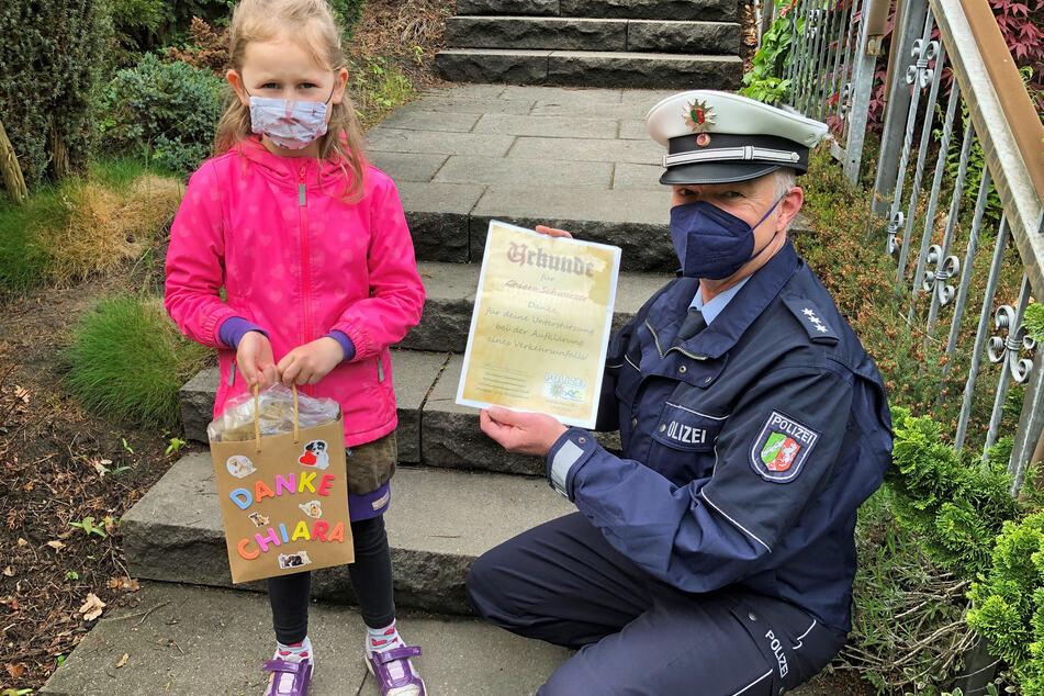 Polizeimeldung: Mädchen (6) beobachtet Unfallflucht eines