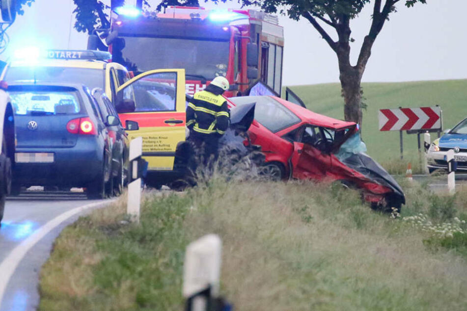 Am Montagabend verstarb ein Mann bei einem schweren Unfall auf der B173.