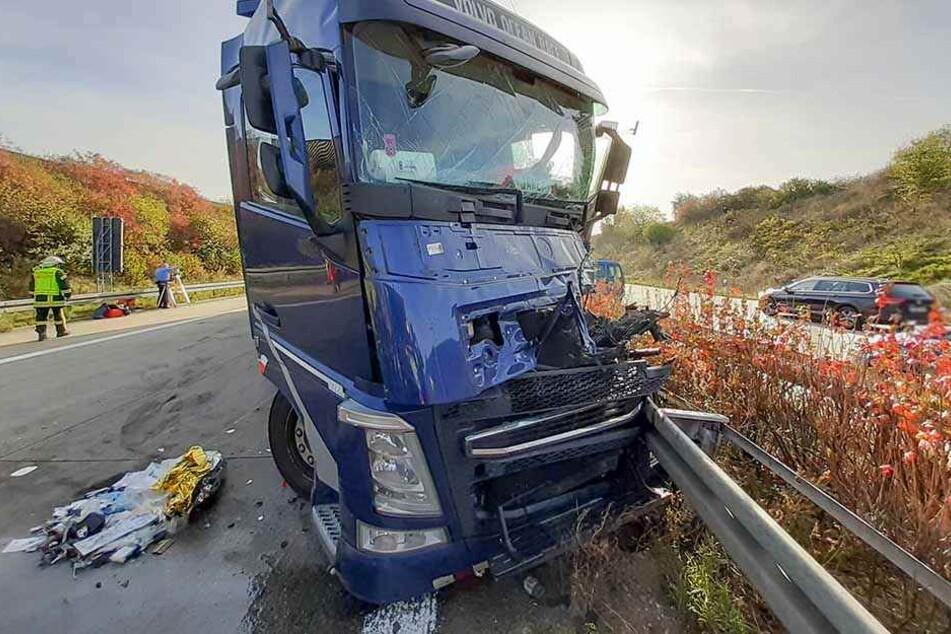 Nach schwerem Unfall auf A72: Lkw-Fahrer stirbt im Krankenhaus