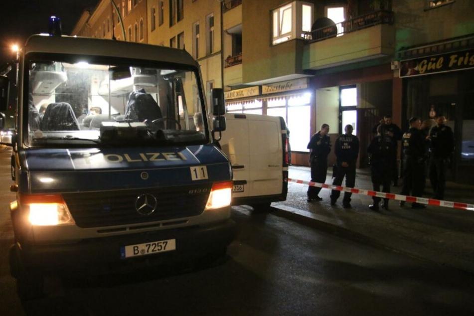 Die Polizei prüft derzeit, ob die festgenommenen Tatverdächtigen wirklich an den Schüssen beteiligt waren.