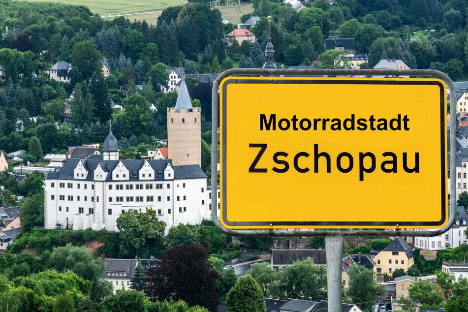 So oder so ähnlich könnte Zschopaus neues Ortseingangsschild bald aussehen.