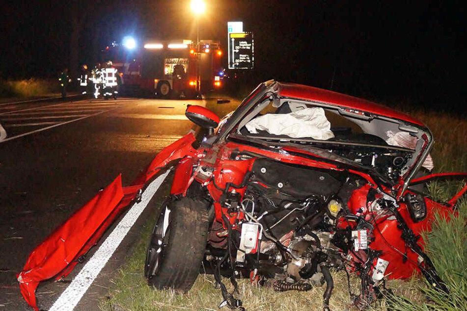 Der Wagen des Unfallopfers wurde bei dem Crash völlig zerstört