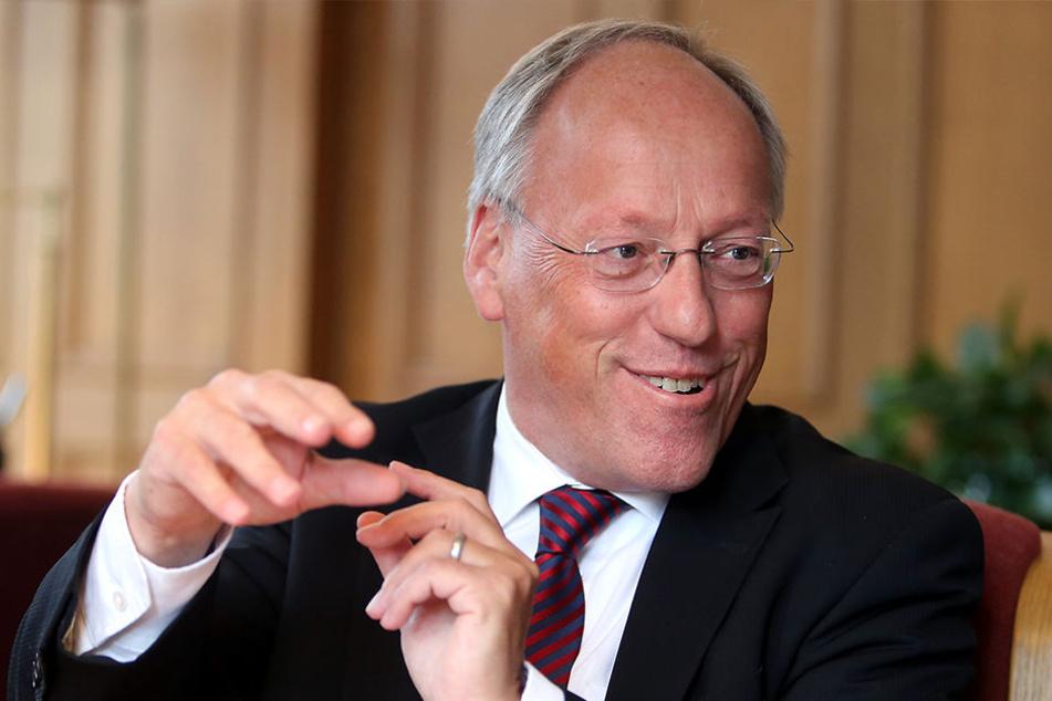 Muss sich Bielefelds OB Pit Clausen vor einer Strafanzeige fürchten?