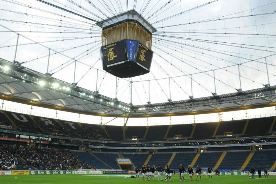 Die Commerzbank Arena gehört der Stadt Frankfurt.