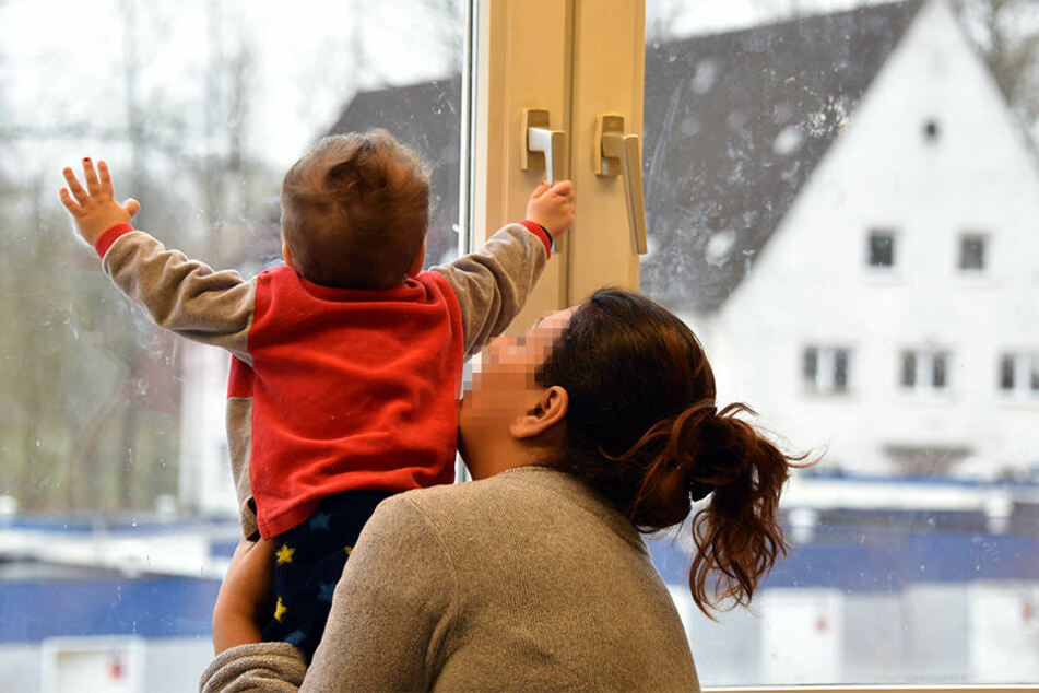 Das Kind überlebte den Sturz aus dem Fenster nicht (Symbolbild).