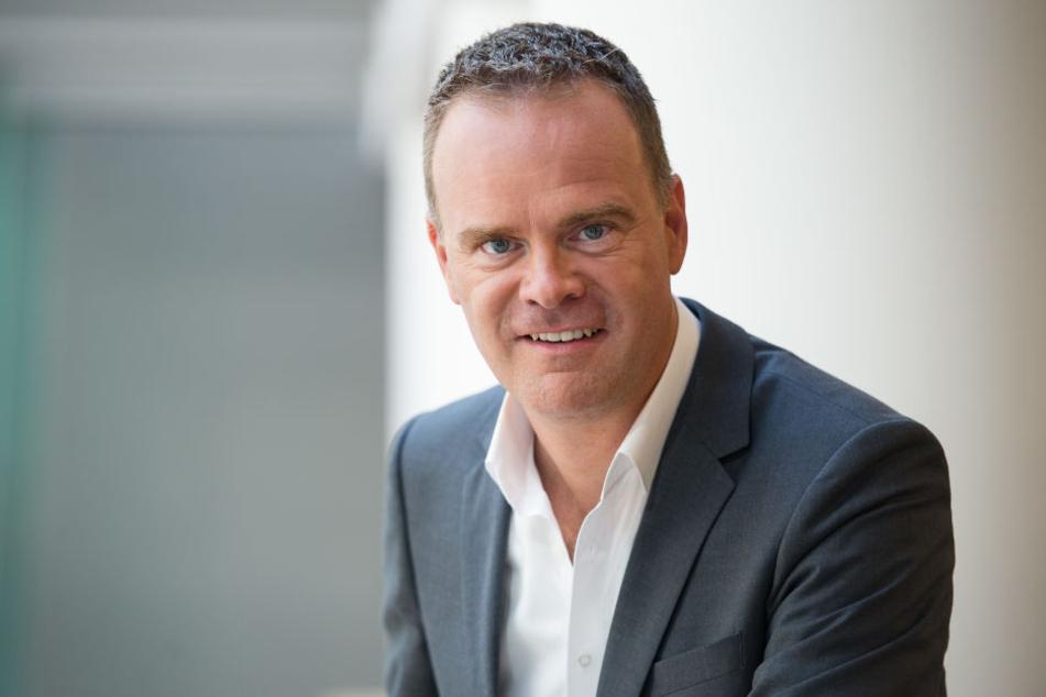 """Christian Sievers moderiert die ZDF """"heute""""-Nachrichten."""