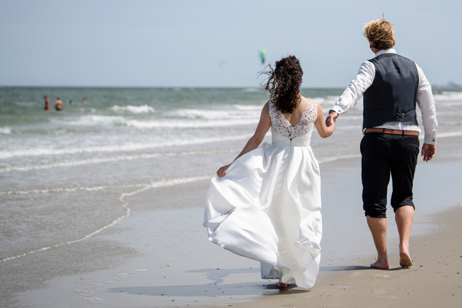 Wandern die Brautpaare ab?