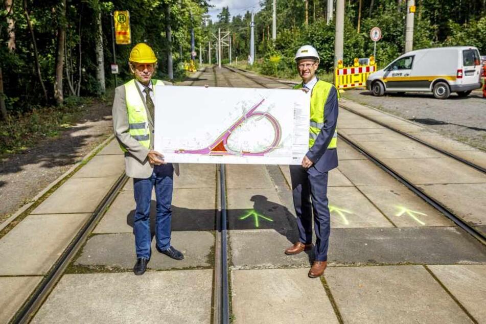 Infrastrukturchef Leonhard Hanusch (69, l.) und Vorstand Andreas Hemmersbach  (49) zeigen die Umbaupläne.