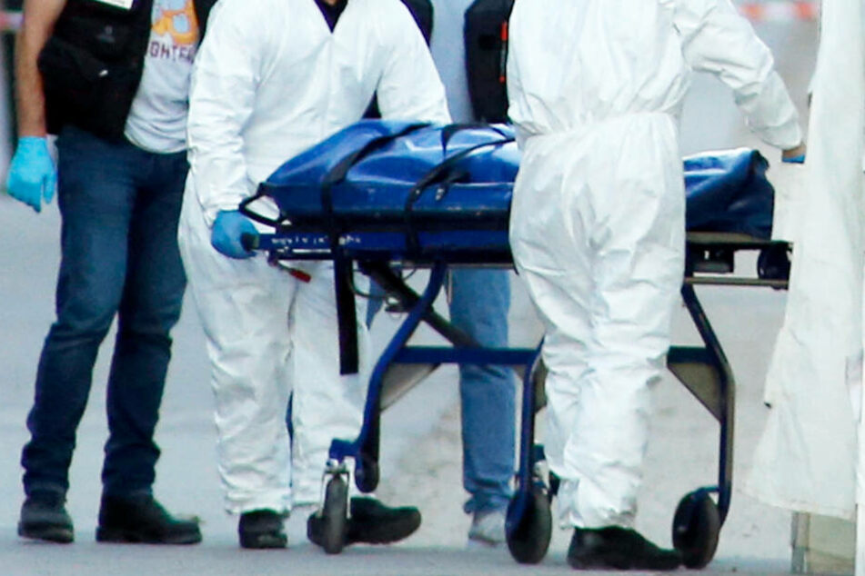Ein 70 Jahre alter Mann wurde tot in seiner Wohnung gefunden (Symbolbild).