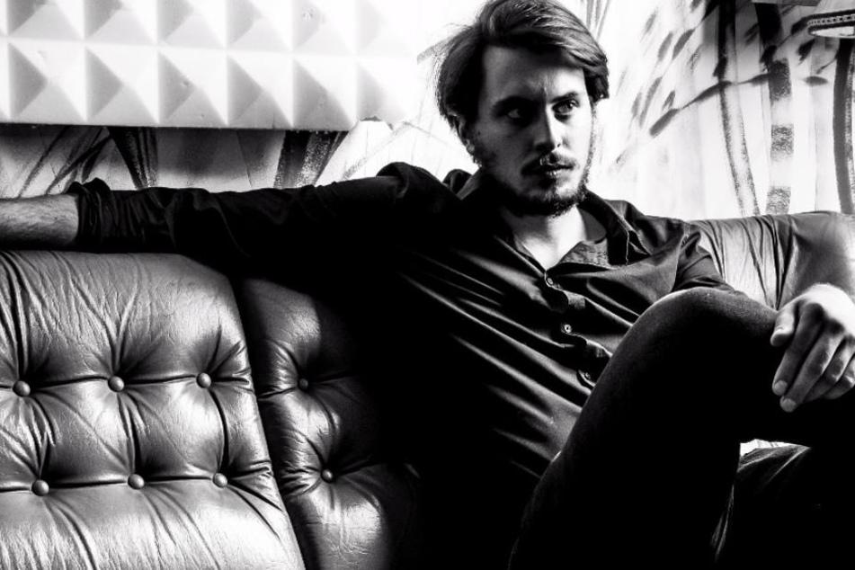 Jules Kalmbacher haucht der Musik von Cro, Mark Forster und Co. Leben ein