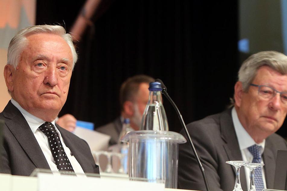 Gerhard Weber (li.) bei der Hauptversammlung von Gerry Weber im April.