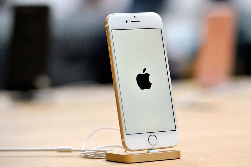 Das iPhone 8 soll mit einer revolutionären Ladefunktion kommen. Vielleicht wird diese jedoch erst nach dem offiziellen Erscheinungstermin fertig.