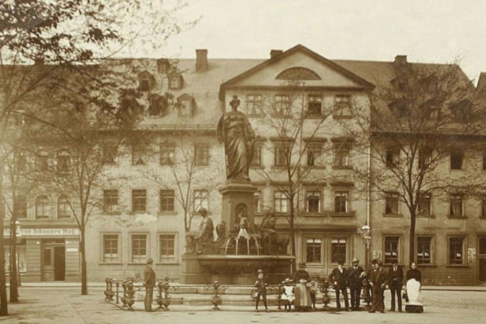 Der Saxoniabrunnen: Teile davon wurden für den neuen Saxonia-Brunnen auf dem Johannisplatz verwendet.