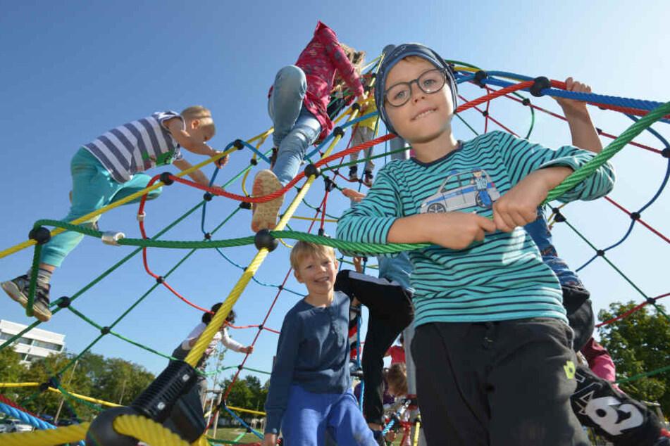 Chemnitz: Kinder, hier geht's jetzt rund! Zwickau weiht Spielfläche ein