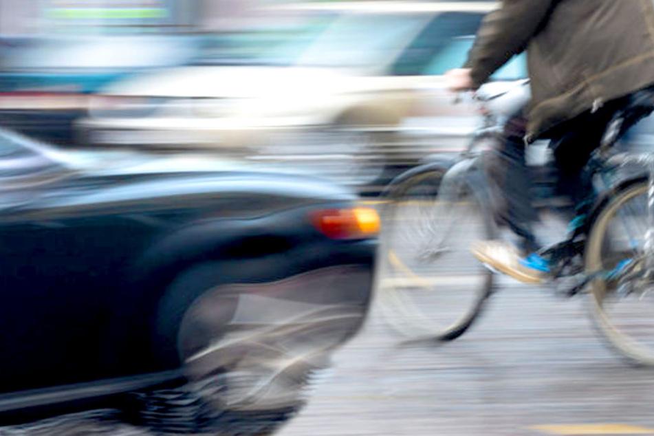 Ein Mann ist nach einem schweren Fahrradunfall in Berlin-Grunewald ums Leben gekommen (Symbolbild).