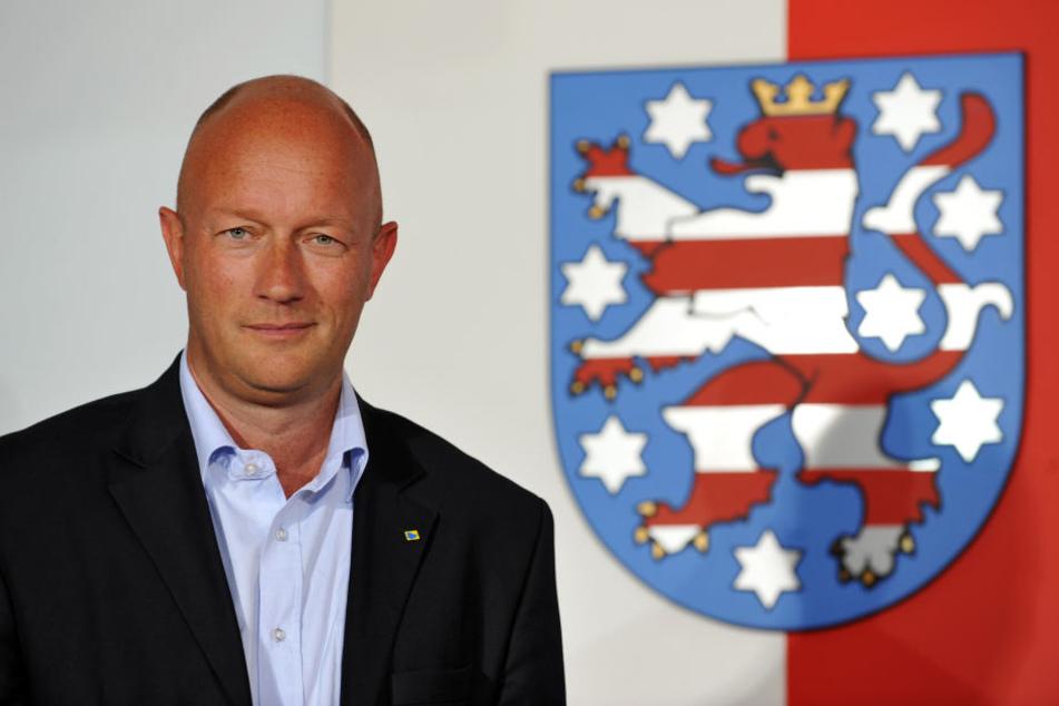 FDP-Landeschef Thomas L. Kemmerich sieht die CDU-Chefin zum Start der Sondierungsgespräche geschwächt.