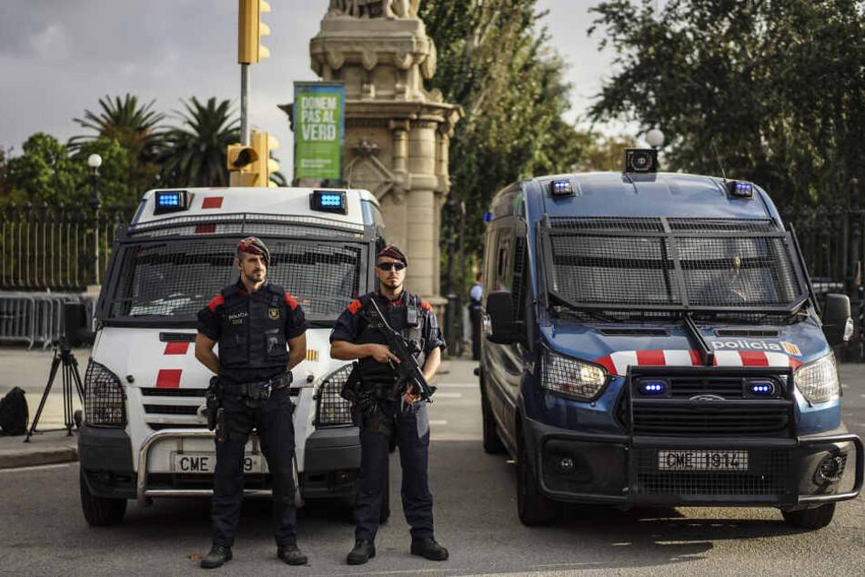 Der Mann stürmte eine Polizeiwache bei Barcelona und wurde erschossen. (Symbolbild)