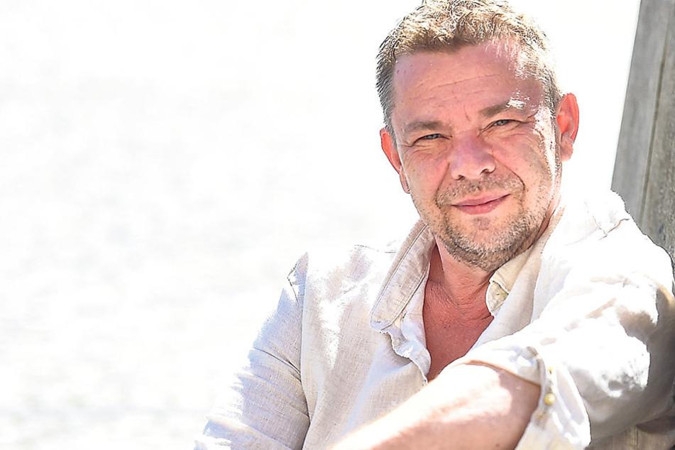 Peter Splitt (55) spielt mit Polizisten heikle Situationen nach.