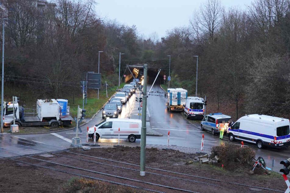 Gaffer sorgten dafür, dass der Verkehr ins Stocken kam.