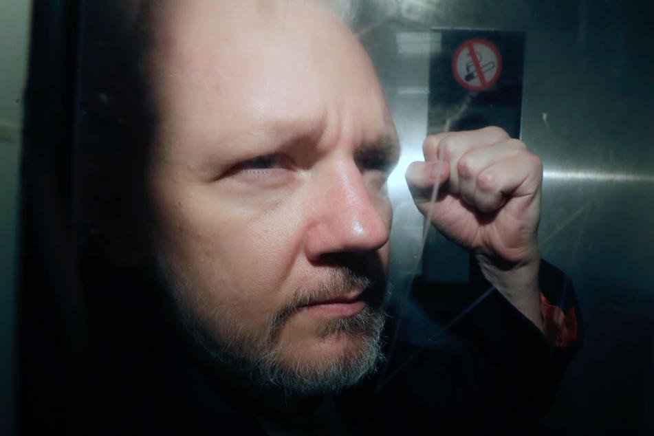 Julian Assange (48).
