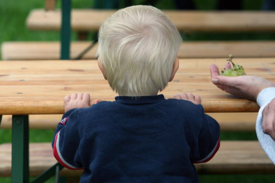 30 Prozent der Kinder leben dauerhaft in Armut. (Symbolbild)