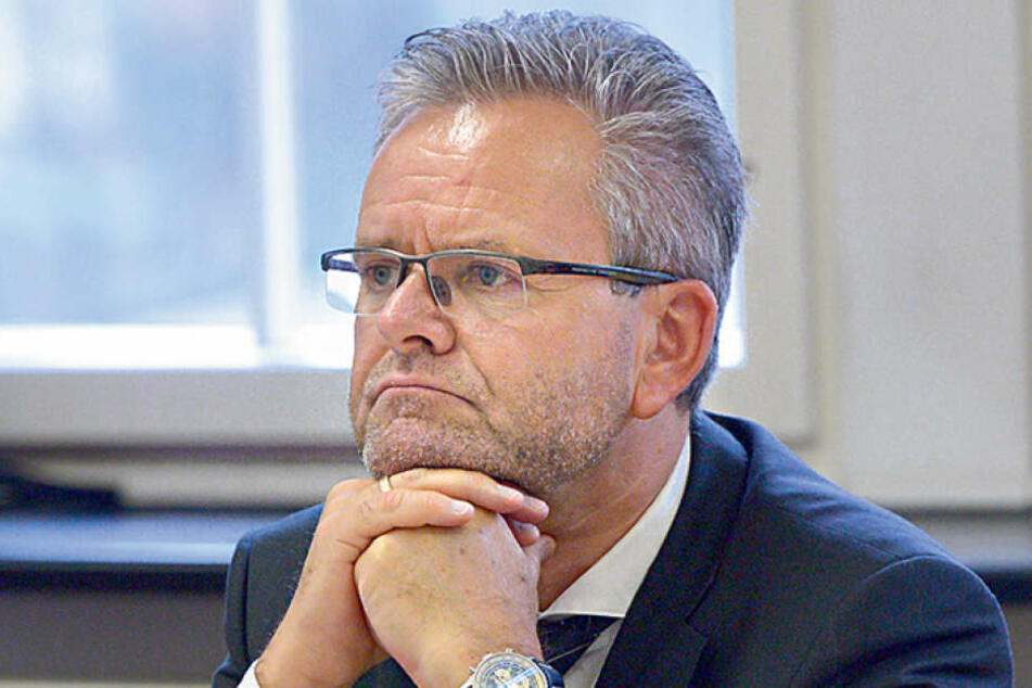 CDU-Fraktions-Chef Tino Fritzsche (55) hält wenig vom Ferien-Korsett für den  Hartmannplatz.