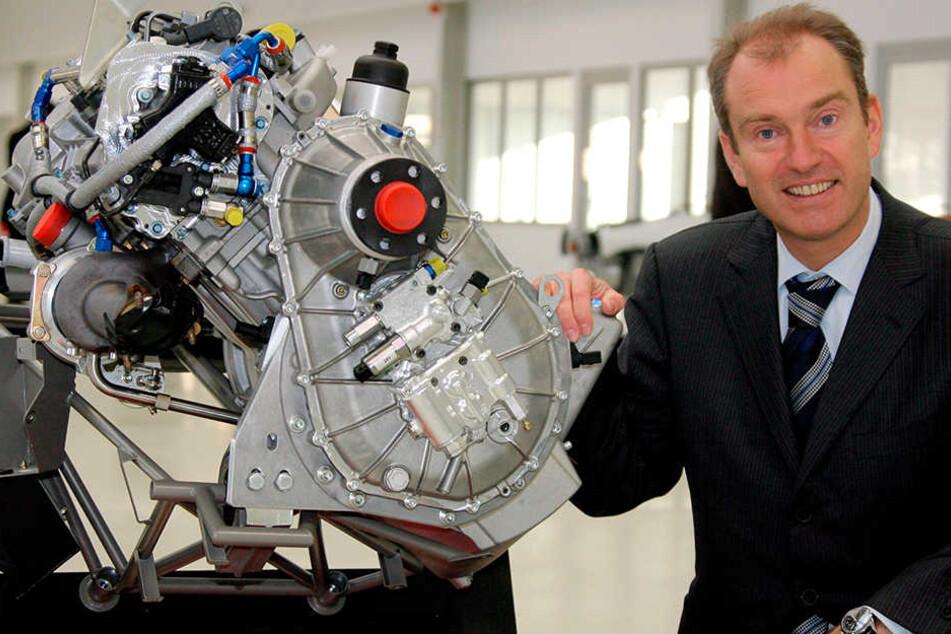 2006, Altenburg: Frank T. präsentierte stolz seine weltweit neuartigen Flugzeugmotoren.