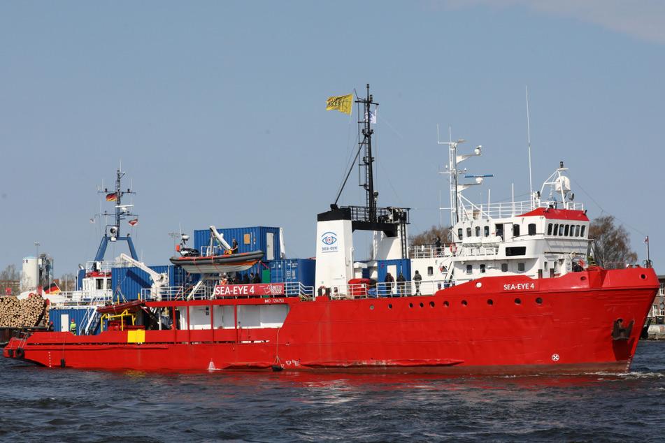 """Wird das Seenotrettungsschiff """"Sea-Eye 4"""" von Italien schikaniert?"""