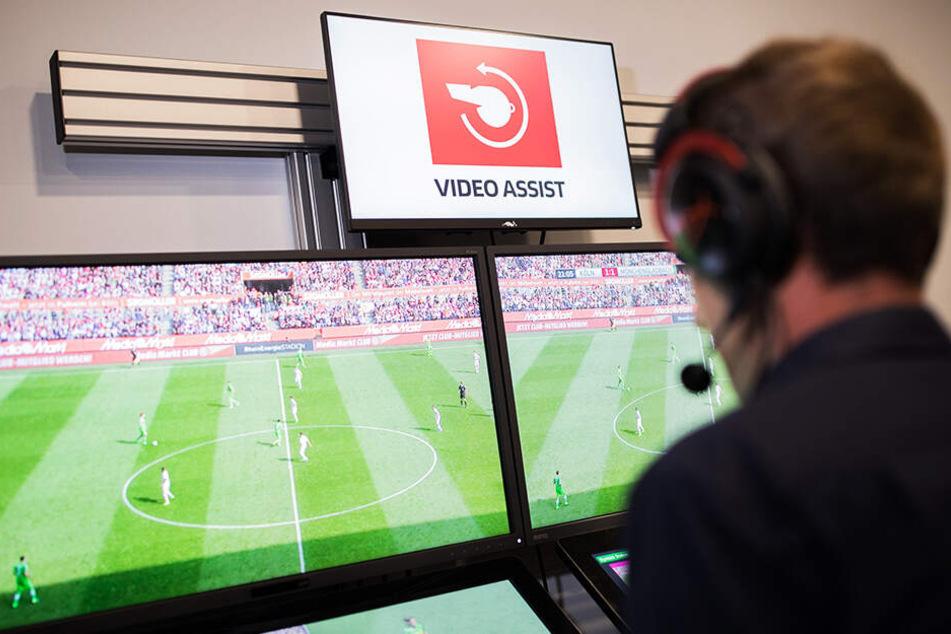 Videobeweis in der 2. Bundesliga? Ab der kommenden Saison ist das der Fall.