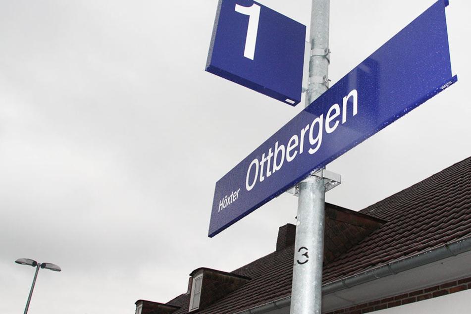 Die 34-jährige Frau wurde am Bahnhof in Ottbergen bei Höxter von einem Fremden sexuell belästigt.