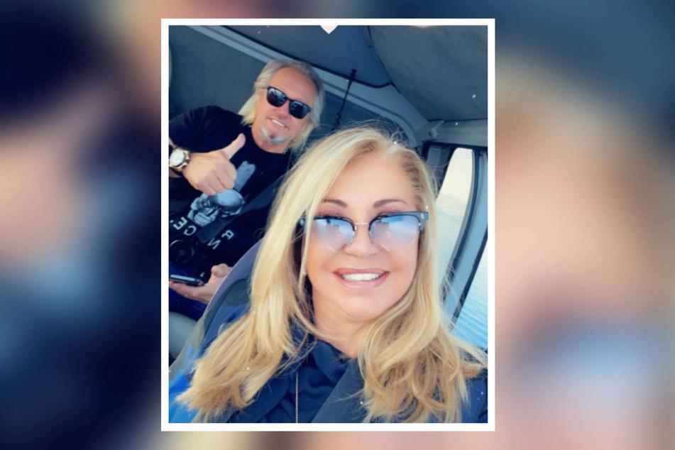 Robert Geiss (57) und Ehefrau Carmen (56) lächeln für ein Instagram-Bild in die Kamera.
