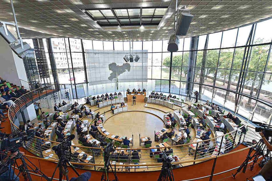 Noch hat das neue Polizeigesetz die Hürde Landtag nicht passiert. Schon jetzt gibt es zahlreiche Änderungswünsche.