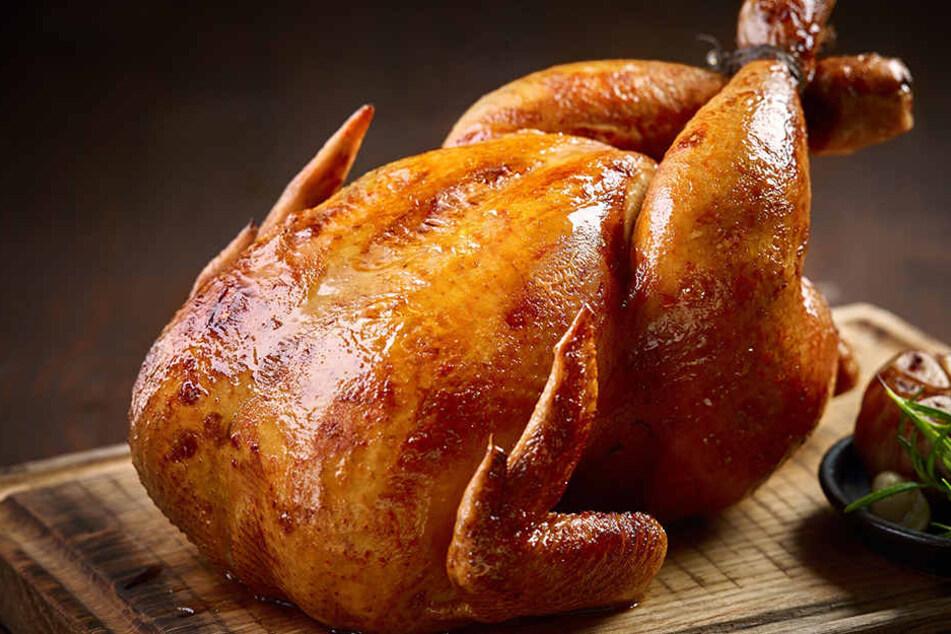 Beim Aufwärmen von Hühnchen ist Vorsicht geboten.