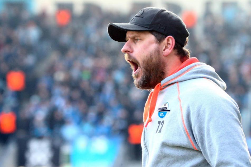 SCP-Trainer Steffen Baumgart war mit der Spielweise des Gegners nicht einverstanden.