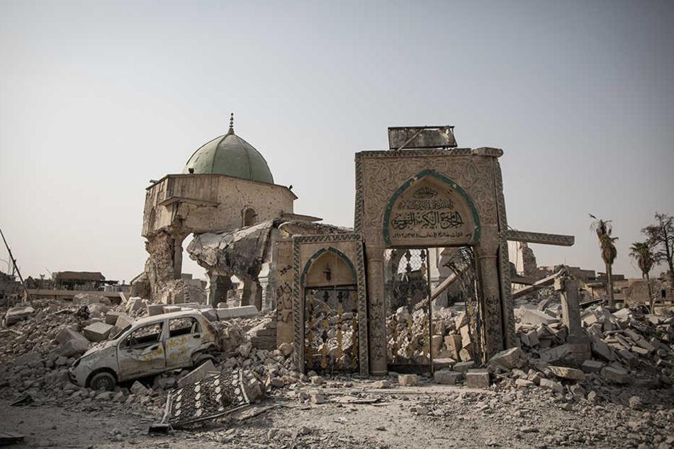"""Überreste der Al-Nuri-Moschee in Mossul, in der der so genannte """"Islamische Staat"""" das Kalifat verkündete."""