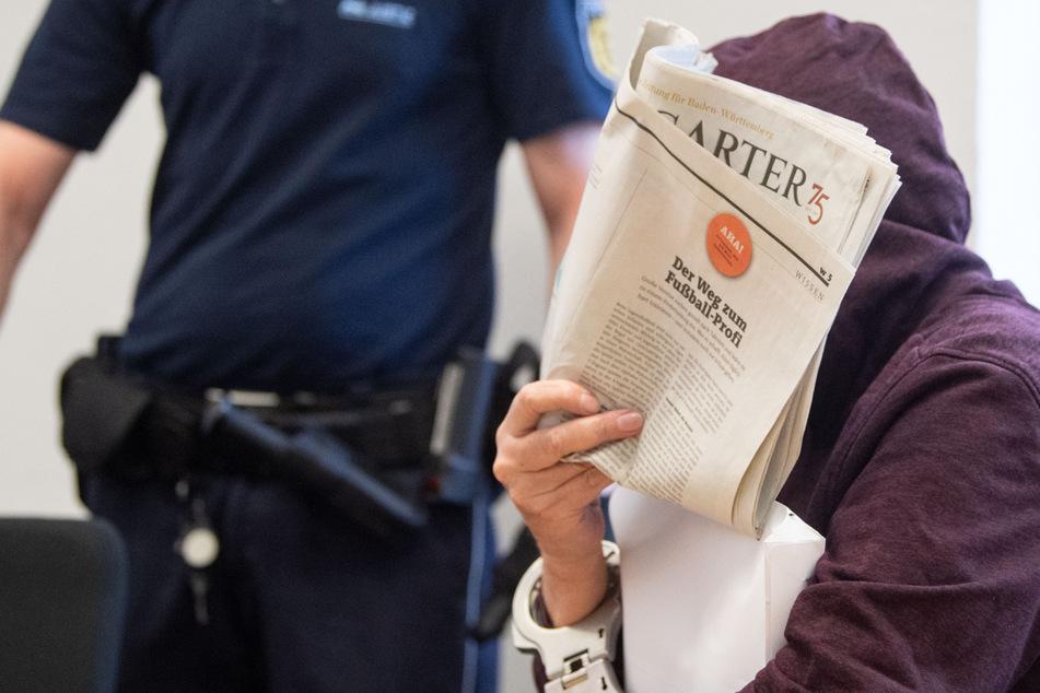 Frau vor 25 Jahren niedergestochen: Sitzt hier der Mörder der 35-Jährigen?