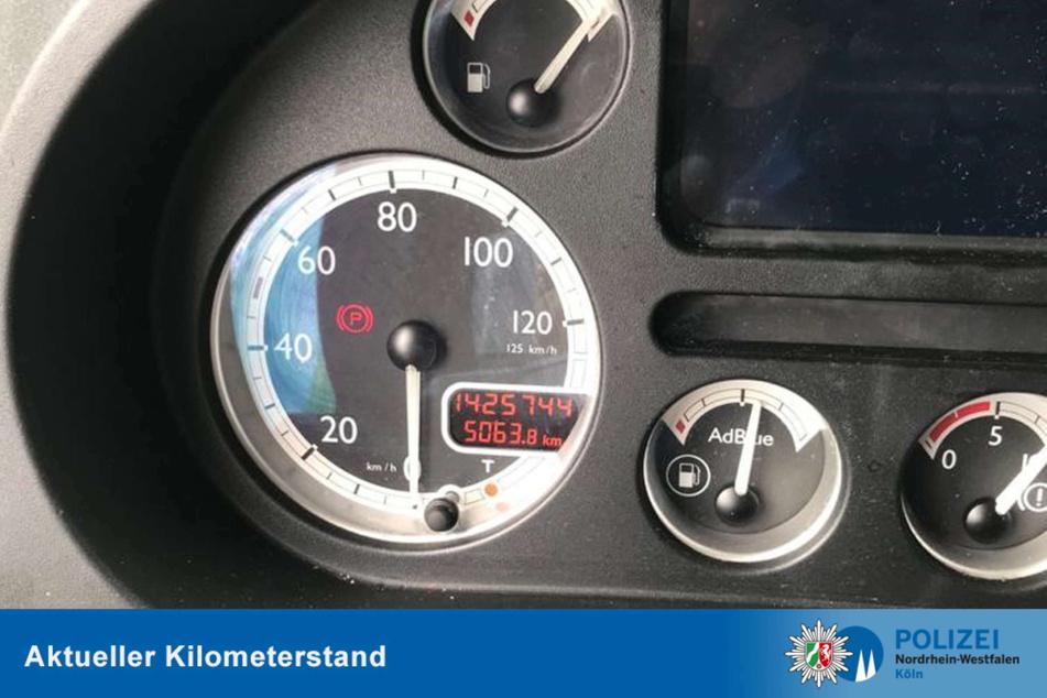 Der Tacho des bulgarischen Lkw hatte eine Laufleistung von knapp 1.500.000 Kilometern angezeigt.