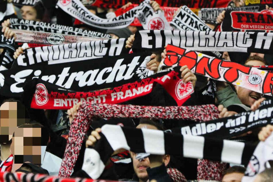 Viele Eintracht-Fans feiern nicht nur ihre Mannschaft, sie sind auch bereit zu spenden (Archivbild).