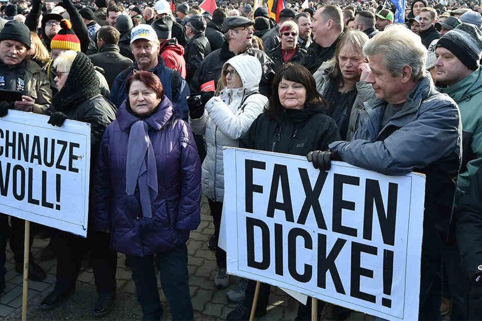 In Cottbus demonstrierten am Samstag Tausende gegen Zuwanderung.