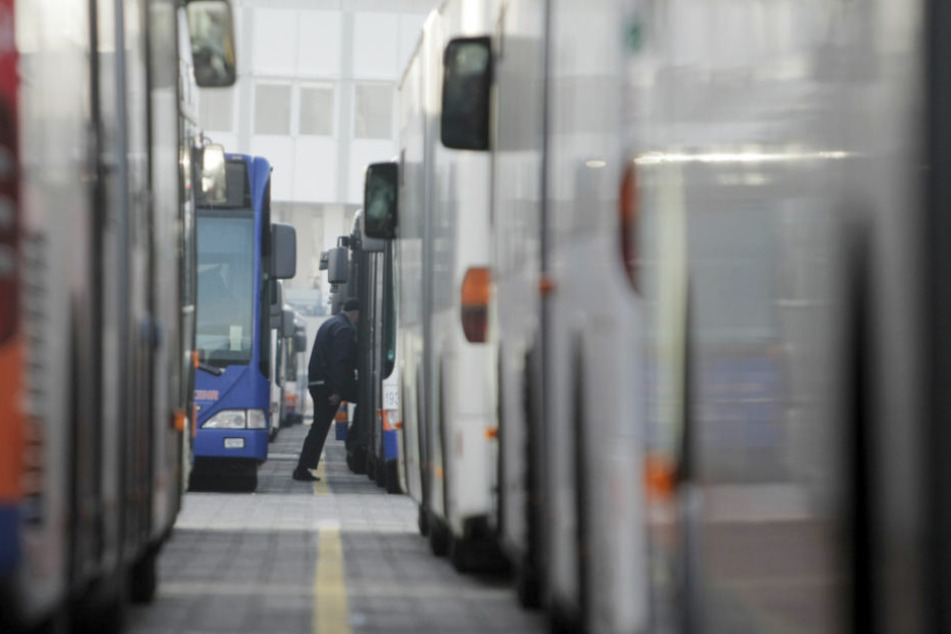 Seit heute Morgen fahren in der hessischen Landeshauptstadt keine Busse mehr (Symbolfoto).