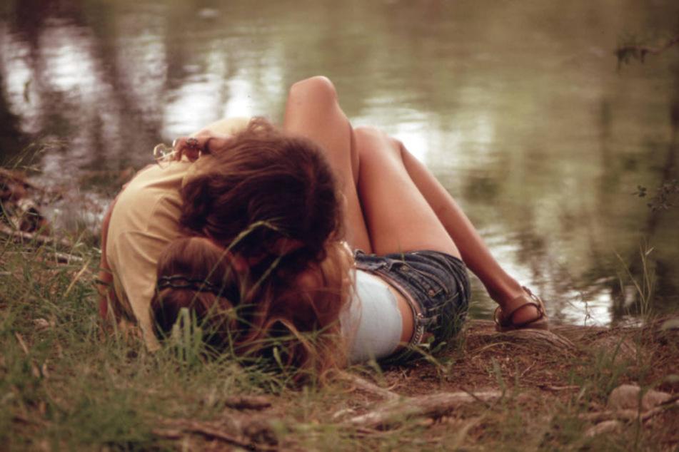 Am Anfang steht die erotische Anziehung, dann kommt Leidenschaft, am Ende vielleicht die Liebe.