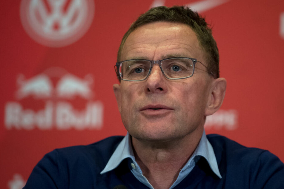In eigener Sache erklärte RB Leipzigs Sportdirektor Ralf Rangnick (59) das verkorkste Interview mit dem Playboy.