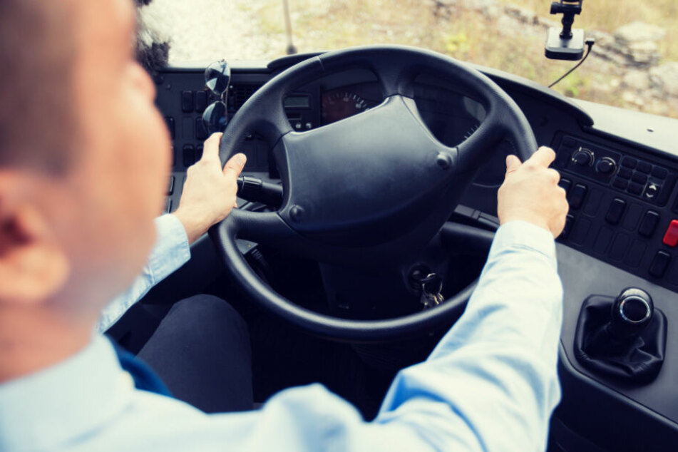 Busfahrer missbrauchte behindertes Mädchen (12): Überraschende Verzögerung