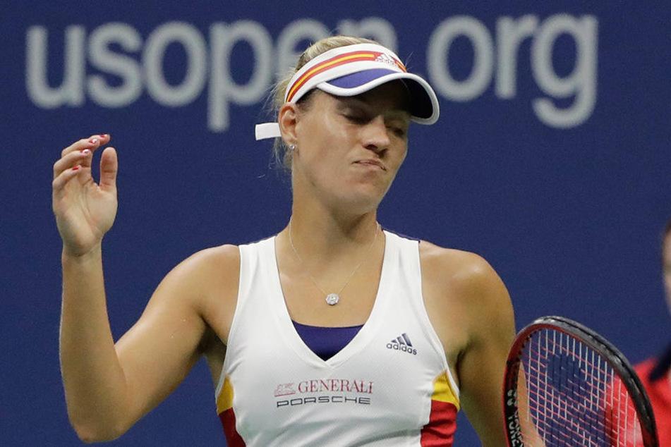 Was für eine Blamage! Titelverteidigerin Angelique Kerber ist bei den US Open bereits in der ersten Runde ausgeschieden.