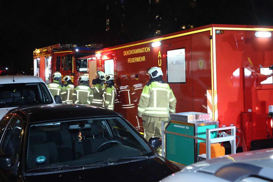 Großalarm in der Johannstadt! Hochhaus musste evakuiert werden
